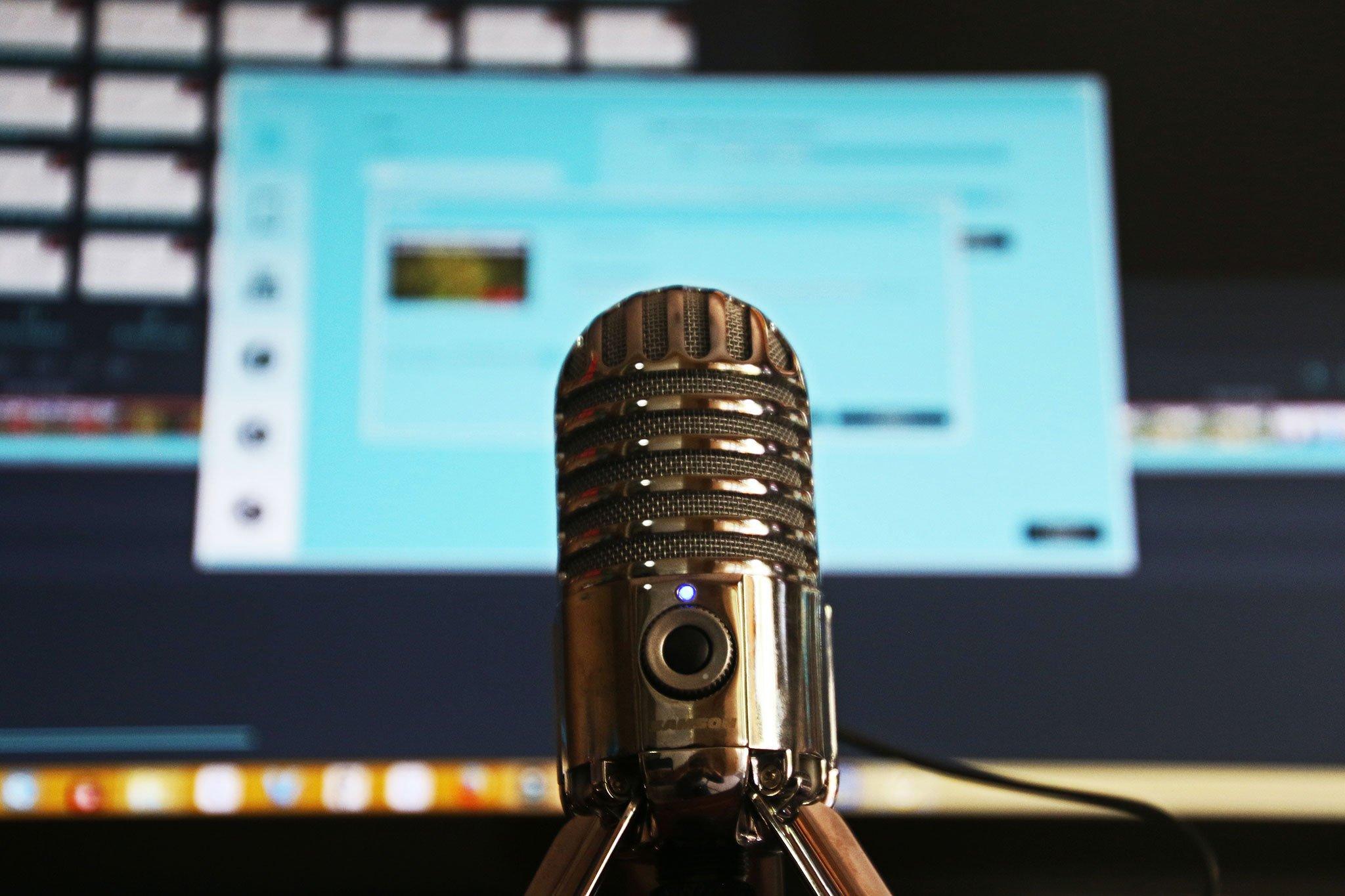 Image of podcast microphone uploaded to kalika.com